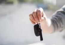 jak sprzedać używany samochód